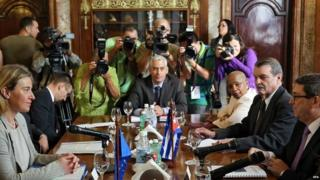 EU foreign policy chief Federica Mogherini meets Cuban Foreign Minister Bruno Rodriguez (far right) 11/03/2016