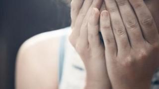 إعفاء المغتصب من العقوبة إذا تزوج ضحيته