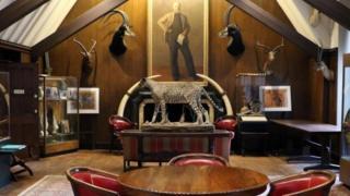 探險家俱樂部位於紐約的總部存放著大約1000件藏品,它們都是該俱樂部的會員收藏的。