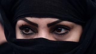 अफगानिस्तान महिला
