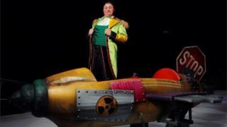 Главный клоун цирка Дэвис Вассало