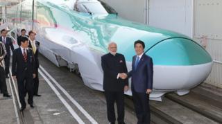 अहमदाबाद आणि मुंबई शहरादरम्यान बुलेट ट्रेन सुरू करण्याची घोषणा 2015 मध्ये करण्यात आली.