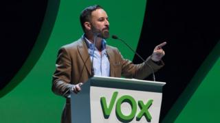 Santiago Abascal speaking in Valencia