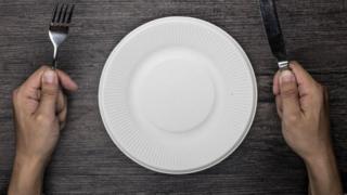 Перед пустой тарелкой