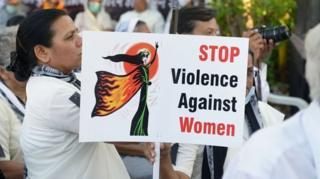 اعتراض به خشونت علیه زنان در هند