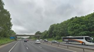 M27 westbound junctions 9-8