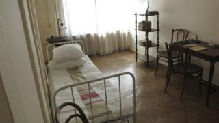 Бывшая спальня Владимира Ленина в Смольном