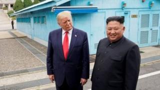 """دونالد ترامپ، رئیسجمهوری آمریکا بارها گفته است که با کیم جونگ اون، رهبر کره شمالی، رابطه """"خوبی"""" دارد"""