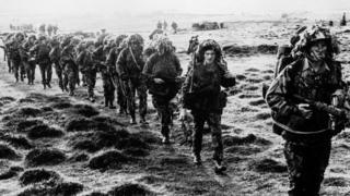 British soldiers in camouflage during the 1982 Falklands conflict