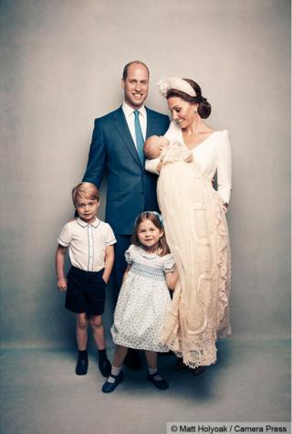 劍橋公爵一家五口,喬治王子、夏洛特公主以及路易王子。
