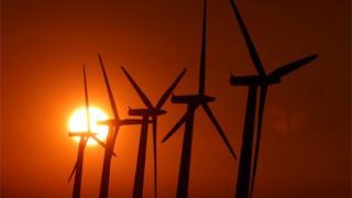 UK energy policy 'deters investors'