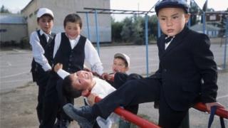 Быйылкы жаңы окуу жылына Россия Кыргызстанга мугалим жөнөтүү ниетин билдирген