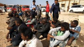 """Migration, le Parlement européen préconise une """"liste noire"""""""