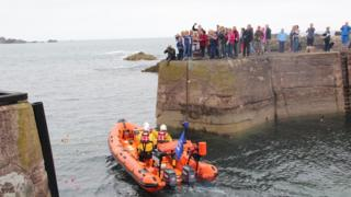 Lifeboat leaves