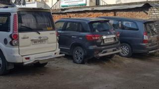 भारतीय नम्बरका गाडी