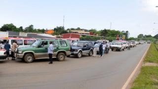 gabon, pénurie, essence, stations-services