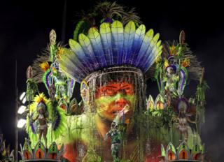 Members of Unidos de Vila Isabel Samba School perform during the parade at 2019 Brazilian Carnival at Sapucai Sambadrome