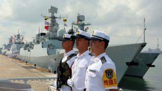 Hải quân Trung Quốc trong một cuộc trình diễn lực lượng năm 2018