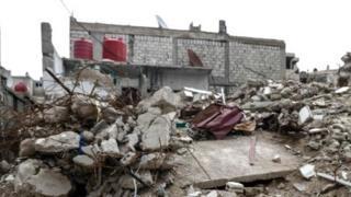 Удерживаемые повстанцами районы на окраинах Дамаска сильно разрушены