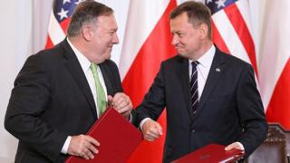 Trump Polish Defence Minister Mariusz Blaszczak (R) and US Secretary of State Mike Pompeo after signing a defence deal