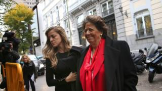Member of Spain's higher house for the Popular Party (PP) and Valencia's former mayor Rita Barbera (R) arrives at the Supreme court in Madrid, Spain, to appear before a judge after she was put under formal investigation for alleged money laundering during her time as mayor of Valencia, 21 November 2016