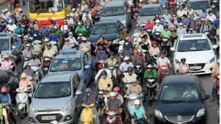 Hanoi, Vietnam, lalu lintas