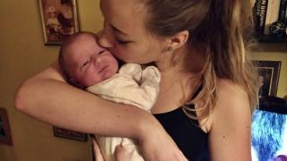 Klara Dollan y su hija Amelia