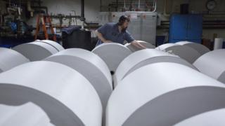 Yazılı basında kullanılan kağıt topları, Türkiye'de yeterli üretim olmadığı için yurtdışından ithal ediliyor