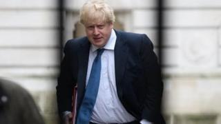 Le ministre britannique avait déclaré qu'une ville libyenne serait le prochain Dubaï si les corps des victimes des combats sont enlevés.