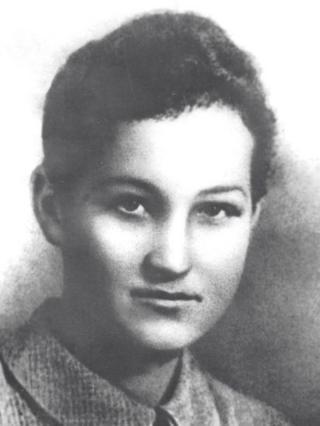 Зоя Космодемьянская (предвоенное фото)