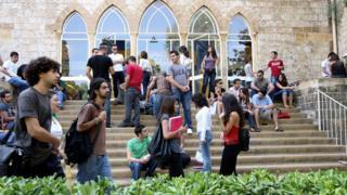 من داخل حرم الجامعة الأمريكية في لبنان (صورة أرشيفية)