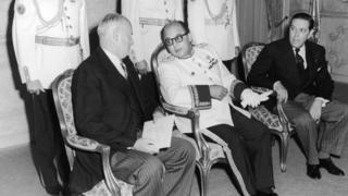 Marcos Pérez Jiménez, al centro de la imagen, gobernó Venezuela entre 1948 y 1958.
