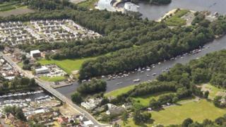 West Riverside, Balloch