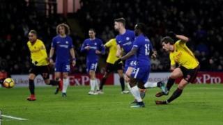 Watford ilifunga mabao matatu ya dakika za lala salama kushinda mechi ya kwanza ya mkufunzi Javi Gracia dhidi ya Chelsea