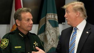 Donald Trump ve Şerif Scott Israel