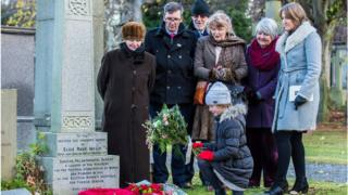 Descendants of pioneering Scotswoman Dr Elsie Inglis gathered at her grave