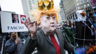 Trump'ın yasağına karşı protestolar sürüyor