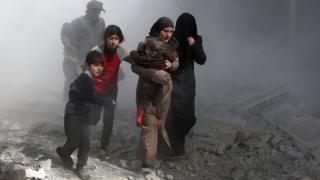 Civis após ataque a Ghouta Oriental