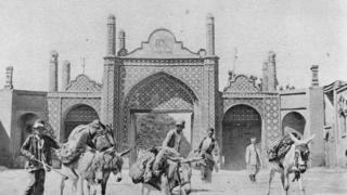 دروازه تهران شهر قزوین