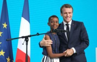 Perezida Macron yasabye isi kumva ibyo Amanda yavuze