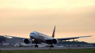 Aircraft landing at Gatwick Airport