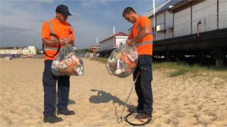 Litter pickers on Great Yarmouth beach