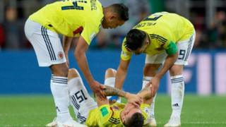 Los jugadores colombianos desconsolados.