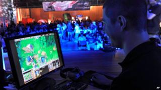 A video gamer at an ESL event