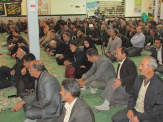مردا و زنان در مسجد
