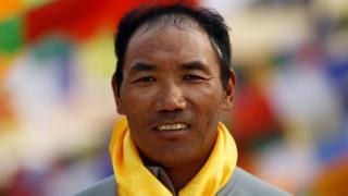 नेपाली पर्वतारोही कामी रीता शेरपा