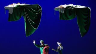 """""""Sueño de una noche de verano"""" de Benjamin Britten"""