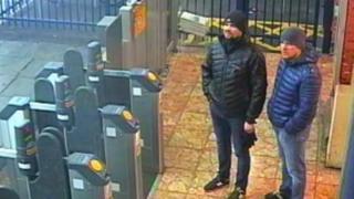 Съемка с камер наблюдения CCTV на ж/д станции в Солсбери, 3 марта 2018 года