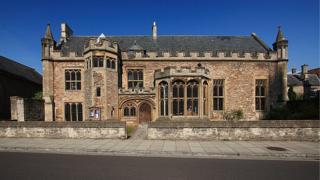Wells Cathedral School - music school