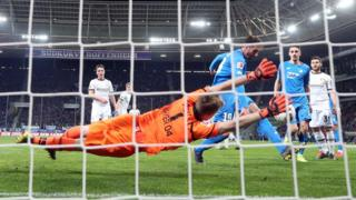 L'algérien Ishak Belfodil a marqué un doublé avec Hoffenheim face au Bayer Leverkusen.